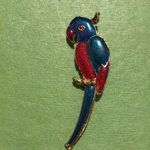 Parrot Pin. Cute multicolored pin back parrot.